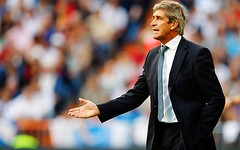 MANUEL PELLEGRINI (analfie917) Tags: madrid sport horizontal coach spain stadium soccer giving instructions realmadrid laliga clubsoccer capitalcities matchsport waistup santiagobernabeustadium manuelpellegrini xerezcd