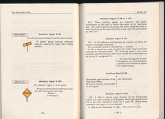 "German Railway Signals - Page 88 (Mark Vogel) Tags: railroad train eisenbahn railway db german signal signaux chemindefer signale rulebook ""german bahn"" ""deutsche eisenbahnsignal railways"" operatingrules signalchart signaldiagram signalaspects signalbuch"