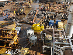 Deck after subsea installations. (thulobaba) Tags: norway construction energy lift crane offshore engineering gas cranes deck northsea installation oil heavy barge rigging lifting spreaderbar sscv
