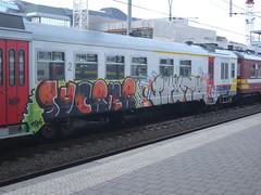 Sucrier Phute (Coperni Kadon) Tags: b belgi spray illegal 2010 nmbs sucrier phute