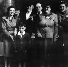 Image titled Neillis and McKever Families 1947