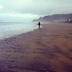 Ocean Walker (liquidnight) Tags: cameraphone camera beach oregon coast ben pacificocean shore pacificnorthwest arresteddevelopment westcoast pnw lincolncity iphone iphone5 iphoneography instagram theoceanwalker