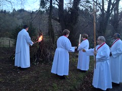 Kindling the fire (goforchris) Tags: easter ritual symbolism resurrection newlight holysaturday