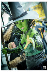 Vancouver Halloween Parade Expo || Ed Ng #halloween (Ed Ng Photography) Tags: halloweenexpo halloweenparade edngphotographyvancouver anime cosplay halloween parade vancouver vancity wicked wickedwitch greenwitch green witch wizardofoz