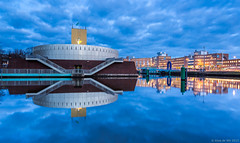 Groninger Museum at blue hour (koos.dewit) Tags: longexposure holland water clouds canon reflections cityscape availablelight thenetherlands naturallight le bluehour groningen groningermuseum 2015 1740mml canon6d koosdewit