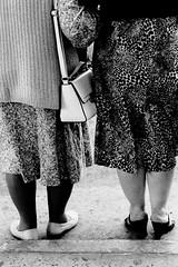 (bisonte invencible) Tags: street blackandwhite blancoynegro film 35mm canon kodak streetphotography biancoenero blancetnoir