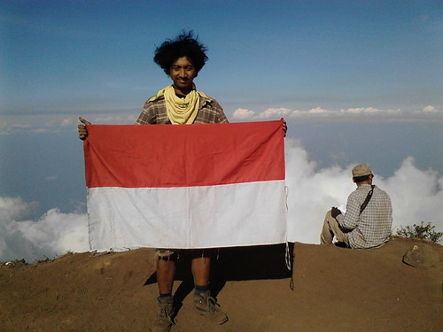 "Pengembaraan Sakuntala ank 26 Merbabu & Merapi 2014 • <a style=""font-size:0.8em;"" href=""http://www.flickr.com/photos/24767572@N00/26556970184/"" target=""_blank"">View on Flickr</a>"