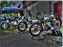 Oldtimertreffen in Schöneiche bei Berlin - AX (Peterspixel from Peter Althoff) Tags: bmw motorcycle dnepr bsa nsu simson motorrad ifa zündapp motocyclette мотоцикл днепр birminghamsmallarmscompany wehrmachtsgespann awo425 nsumotorenwerke