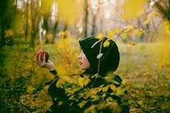 Inesa (eduina.jaupi) Tags: portrait green apple nature girl yellow profile hood albania tirana