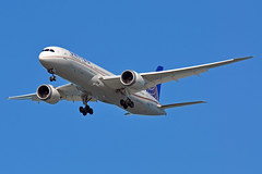 N19951 (Rich Snyder--Jetarazzi Photography) Tags: california ca plane airplane sfo aircraft united jet landing boeing arrival approach coyotepoint ual airliner approaching millbrae ua unitedairlines arriving jetliner sanfranciscointernationalairport 787 ksfo b787 dreamliner 7879 b789 n19951
