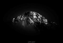 Cime Incandescente n2 (N/B) (Frdric Fossard) Tags: montagne alpes altitude ombre glacier contraste neige crpuscule goldenhour coucherdesoleil luminance cime hautesavoie sommet incandescence chardonnet massifdumontblanc