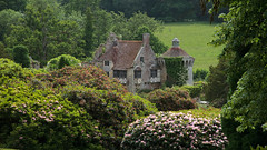 View of Scotney Castle 3521 (Thorbard) Tags: trees house castle woodland garden kent woods folley statelyhome nationaltrust countryhouse landscapegarden scotneycastle englanduk canonefs1585mmf3556isusm