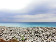 Aquamarine Ocean (Vanessa Chen.10069) Tags: ocean blue sea beach pacific aquamarine stunning gradient brilliant gravel taitung pingtung