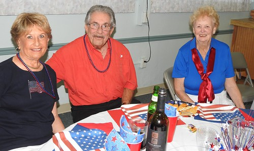 """'16 July 4th Cookout • <a style=""""font-size:0.8em;"""" href=""""http://www.flickr.com/photos/94426299@N03/27853436020/"""" target=""""_blank"""">View on Flickr</a>"""