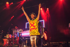 Bentley Rhythm Ace @ Lunar Festival 11 (preynolds) Tags: musician music festival dance concert birmingham raw dof stage bra gig livemusic noflash electronic handsup mark2 stagelights tamron2470mm canon5dmarkii counteractmagazine lunarfestival2016