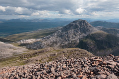 An Ruadh-Stac from Maol Chean-dearg (Francis Mansell) Tags: mountain scotland scree quartzite westerross scottishhighlands boulderfield maolcheandearg torridoniansandstone anruadhstac cambrianquartzite