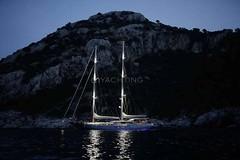 Gecede - Kiralk Yat (DHYACHTING) Tags: moon silver dh silvermoon mavi yat gulet tekne yolculuk yelkenli kiralk yeme tatili teknesi ime haftalk kiralama turlar yatlk gvertede