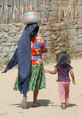 Mother and Daughter Oaxaca (Ilhuicamina) Tags: people woman mexicana children gente mexican baskets oaxaca masa zapoteco