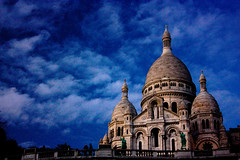 Sacre Coeur (andreangio) Tags: city morning travel blue sky sculpture cloud paris art church nature clouds canon french photography photo europe nuvole arte blu basilica natura montmartre sacrecoeur chiesa cielo capitale francia viaggi citt parigi basilique mattina scultura