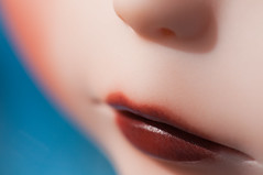 Lips (Sai / Rebecca) Tags: blue hat mouth hair nikon doll carving lips blythe  custom tbl commission bowler sai nostrils mose d5000 liccaarms thetravelingblythe saience whitefreckles