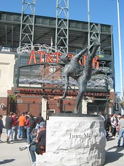 "Juan Marichal Statue at AT&T Park • <a style=""font-size:0.8em;"" href=""http://www.flickr.com/photos/109120354@N07/11042620535/"" target=""_blank"">View on Flickr</a>"