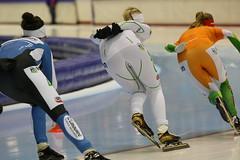 2B5P0215 (rieshug 1) Tags: marathon heerenveen schaatsen speedskating thialf marathonschaatsen eisschnelllauf marathoncup2 schaatspeloton