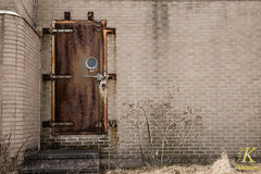 Abandonded Seneca Army Depot-9 (27K Photography) Tags: newyork abandoned rural army upstatenewyork depot base seneca abandonedbuilding senecaarmydepot 27kphotography