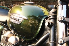 . (Yazed RD350 Lord) Tags: annual vintage car fiesta feb 2015 reflected selfie triumph green stripe