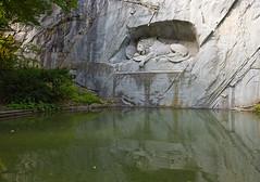 Helvetiorum fidei ac virtuti (Dmitry Shakin) Tags: sculpture reflection monument water statue switzerland lion luzern löwendenkmal