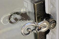 door handle (overthemoon) Tags: door detail reflection shop schweiz switzerland suisse svizzera vaud nyon ascensionday romandie thursdaywalk poignedeporte ruederive utata:project=tw524