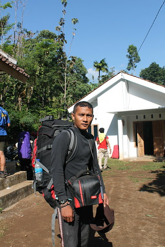 "Pendakian Sakuntala Gunung Argopuro Juni 2014 • <a style=""font-size:0.8em;"" href=""http://www.flickr.com/photos/24767572@N00/26556522123/"" target=""_blank"">View on Flickr</a>"