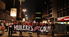 Mulheres contra o Golpe (PortalJornalismoESPM.SP) Tags: avenida sopaulo sampa sp mulheres paulista golpe protesto feminista matheusmartins