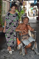one-legged man with his neighbor (the foreign photographer - ) Tags: woman man lady portraits thailand one nikon bangkok wheelchair bang neighbor legged bua khlong bangkhen thanon d3200 apr302016nikon