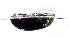 Aubergine dive (lhags2000) Tags: white black water vegetables canon eos flash dive freeze 5d aubergine plouf mark2
