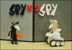 Spy vs Spy (grubaluk) Tags: comic tank spy mad