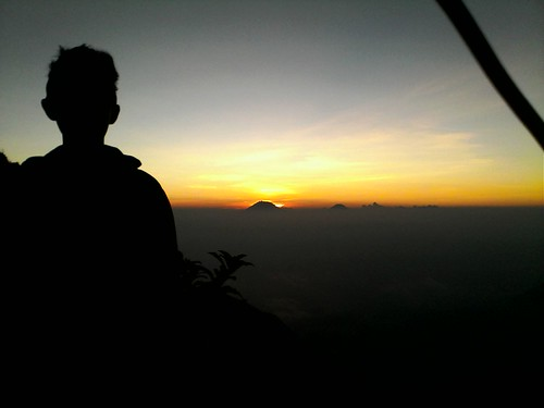 "Pengembaraan Sakuntala ank 26 Merbabu & Merapi 2014 • <a style=""font-size:0.8em;"" href=""http://www.flickr.com/photos/24767572@N00/27163116245/"" target=""_blank"">View on Flickr</a>"
