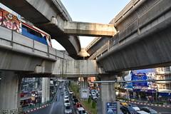 DSC_7612 (Kent MacElwee) Tags: thailand asia southeastasia seasia bangkok bkk freeway skytrain
