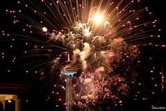 IMG_6515 (Karthik Sundaresan) Tags: lights fireworks bright skylontower canada