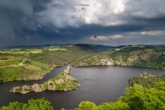 [In Explore 13/06/2016] Orage sur l'le de Grangent (Tekila63) Tags: cloud storm landscape lac nuage paysage loire orage chambles grangent