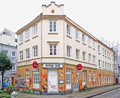 - (txmx 2) Tags: hamburg altona ottensen local lokal pub sign zeisklause