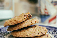(jonathon lynam) Tags: blue stilllife food macro cookies yellow lunch photography nikon chocolate dough butter chip chocolatechip macrophotography nikond40 nikonphotography macromondays nikcollection
