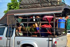 13-03-24 Thailandia (22) Bangkok R01 (Nikobo3) Tags: travel people color tren nikon asia bangkok ngc markets social viajes thailandia gentes culturas d800 twop mercados maeklong omot nikon247028 nikond800 flickrtravelaward nikobo josgarcacobo