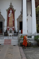 Wat Kamphaeng (g e r a r d v o n k ) Tags: artcityart art asia asia asian architectuur architecture buddha canon city colour expression eos earthasia fantastic flickraward lifestyle monk ngc newacademy outdoor totallythailand photos people reflection stad street this travel thailand thai tempel temple unlimited uit urban whereisthis where wat yabbadabbadoo