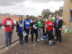 Group photo: ALP, Greens, Liberal and AJP booth workers with Liberal candidate Kevin Hong - Fawkner #Wills2016 #Ausvotes (John Englart (Takver)) Tags: election australia melbourne wills fawkner ausvotes ausvotes2016 wills2016