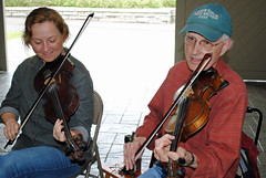 Bob and Erynn fiddling (galaxed) Tags: bob taylor blueridgeparkway blueridgemusiccenter middaymountainmusic