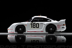 Porsche 961 Porsche AG #180 Le Mans '86 - Spark 1/18 (David.T Photography) Tags: canon eos 350d model replica 180 porsche resin rebelxt 1986 spark lemans awd racer 118 fourwheeldrive 961 55250