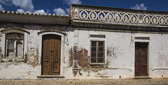 Castro Marim (JaapZvdL) Tags: portugal deur castromarim straat easternalgarve