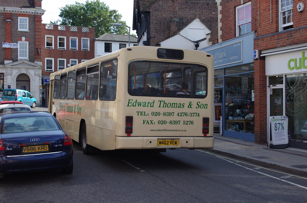 course bus479 479 - guildford - little bookham - leatherhead - epsom a bus service operated by buses excetera.