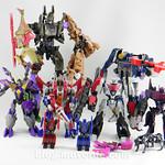 Transformers Starscream Deluxe - Generations Fall of Cybertron - modo robot vs otros Decepticons FoC thumbnail