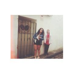 Helena y Lucas (Vallelitoral) Tags: street old boy dog cute girl vintage nice spain friend retro cadiz andalusia tarifa iphone flickraward iphonegraphy instagram instagramapp